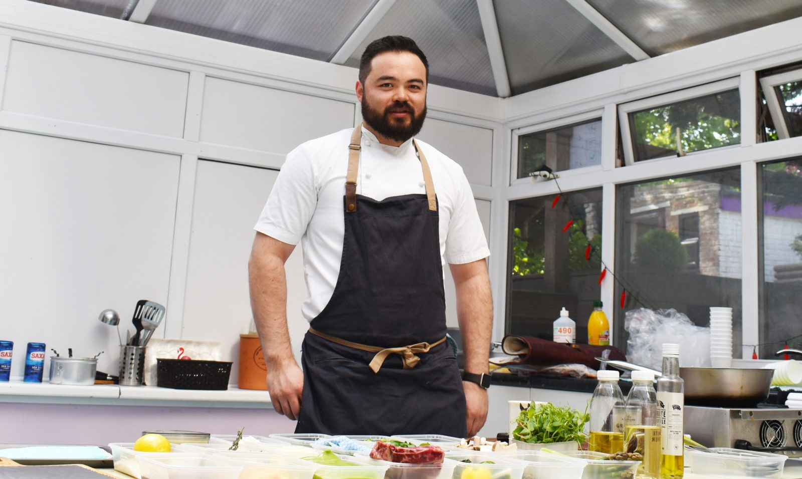 Masterchef Semi-Finalist Luke Phillips returns to Buckswood